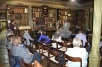 Irodalmi est az egyházmegyei könyvtárban